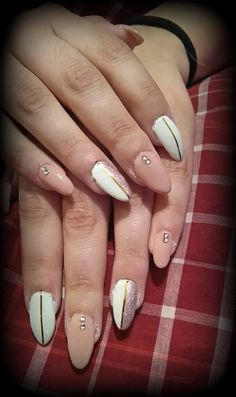 nude and white with stras!!! fandastic <3 <3