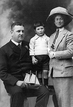 Hugh Walter McElroy, Titanic's chief purser, with his wife Barbara (and presumably a relative, as the couple had no children).