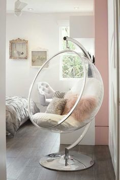 After Saarinen created the bubble chair he wanted to have light inside it and so., After Saarinen created the bubble chair he wanted to have light inside it and so. After Saarinen created the bubble chair he wanted to have light in. Cute Room Ideas, Cute Room Decor, Teen Room Decor, Bedroom Ideas For Small Rooms For Girls, Small Teen Bedrooms, Bed Ideas For Teen Girls, Room Decor Teenage Girl, Cool Home Decor, Room Decor Diy For Teens