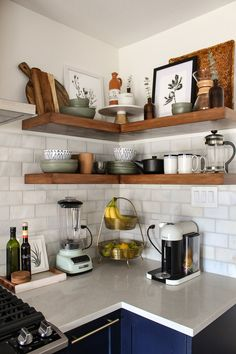 Trendy Ideas for kitchen cabinets blue shelves Kitchen Decor, Kitchen Inspirations, Boho Kitchen, Home Kitchens, Home, Kitchen Design, Kitchen Corner, Kitchen Remodel, Home Decor