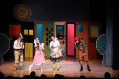 cor que representa o lúdico infantil no teatro - Pesquisa Google