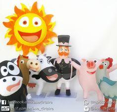 Kit Bita Fazendinha Tags: Bita, mundo, fazenda, fazendinha, vaca, vaquinha, porco, porquinho, cavalo, cavalinho, galinha, sol, feltro, decoração, festa, aniversário, lua, arteira, luaarteira.