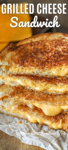 The Best Grilled Cheese Sandwich – Spend With Pennies Nothing is more comforting than a hot, melty grilled cheese sandwich. Serve it with a bowl of your favorite soup for a fast and easy lunch any day of the week! Grilled Cheese Recipes Easy, Perfect Grilled Cheese, Grilled Ham And Cheese, Making Grilled Cheese, Grill Cheese Sandwich Recipes, Easy Sandwich Recipes, Grilled Sandwich, Soup And Sandwich, Sandwich Spread