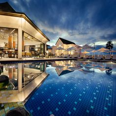 Located in Nadi, Pullman Nadi Bay Resort and Spa Fiji offers beachfront accommodations 9 miles from Garden of the Sleeping Giant and has facilities like a. Oberirdischer Pool, Swimming Pools, First Class Hotel, Elite Hotels, Hotel World, Savoy Hotel, Hotel Stay, Interior Photography, Fiji