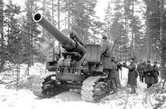 Pictures of the Howitzer Model 1931 - Self-Propelled Heavy Howitzer / Towed Artillery. Army Vehicles, Armored Vehicles, Soviet Army, Fire Powers, World Of Tanks, Big Guns, Red Army, Military Weapons, Military Equipment