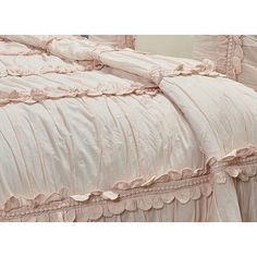 Bedroom Retreat, Dream Bedroom, Bedroom Decor, Shabby Chic Farmhouse, Shabby Chic Decor, French Country Bedding, Rustic Master Bedroom, Furniture Painting Techniques, How To Dress A Bed