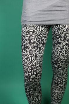 gemusterte Leggings // patterned leggings by Frija Omina via DaWanda.com