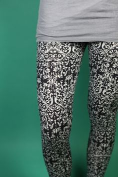 gemusterte Leggings // patterned leggings by Frija Omina via DaWanda.com