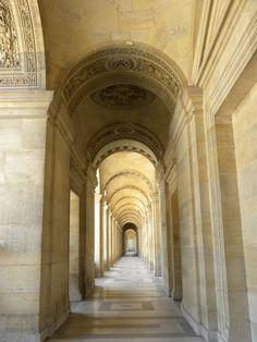 ♔ Louvre museum in Paris