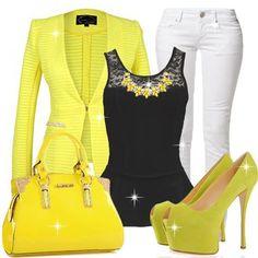 Foto: Where would you wear this outfit??  Blazer>>>http://urlend.com/emE3aaZ  Pants>>>http://urlend.com/RRnEnaj  Corsets>>>http://urlend.com/QRbAraR  Prom-Shoes>>>http://urlend.com/7JBFvaM  Handbags>>>http://urlend.com/2mYvea7