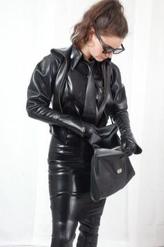 Leather Catsuit, Leather Gloves, Leather Pants, Sexy Outfits, Cool Outfits, Rubber Dress, Latex Lady, Leder Outfits, Latex Fashion