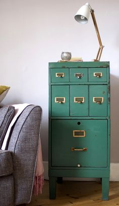 Teal filing cabinet. Would love this for my office!