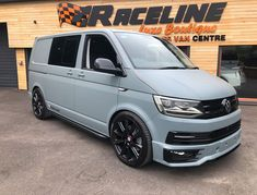 Custom VW & Transporter Custom Vehicle Wraps, Kombi, Panel Van, Shuttle Image galleries of VW and Transporters from Raceline Sports Vans. Volkswagen Transporter, Scirocco Volkswagen, Vw T5 Campervan, Volkswagen Bus, T5 Transporter, Vw Caravelle, Volkswagen Germany, Car Camper, Camper Van