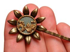"Victorian Button Hair Pin ""Adair"" by ChatterBlossom via Etsy"