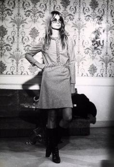 Jean Shrimpton poses in Italy in the late '60s.