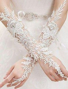 In Stock 2015 Winter New Design Fingerless Lace Bridal Gloves Ivory Long Wedding Gloves Gants De Mariage Wedding Accessories Lace Bridal, Lace Wedding Dress, White Bridal, Wedding Wear, Wedding Dresses, Wedding Jewelry, Ivory Wedding, Elvish Wedding, Wiccan Wedding