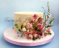 торт с полевыми цветами