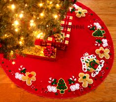 Bucilla ~ Gingerbread House ~ 43″ Felt Christmas Tree Skirt Kit #85133. - $50