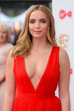 Jodie Comer reveals strangers HATE her Doctor Foster role Female Actresses, Actors & Actresses, Dr Foster, Shannen Doherty, Jodie Comer, Healthy Women, Young Models, Famous Women, Woman Crush