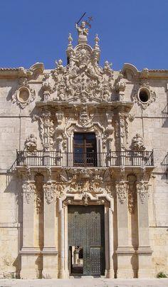 Monasterio de Uclés (Cuenca). pedro de Ribera Neoclassical Architecture, Historical Architecture, Architecture Details, Baroque Furniture, Baroque Design, Church Design, Iglesias, Modern Buildings, Travel Goals