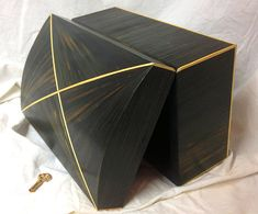 Jewel box in straw marquetry, Art Deco design Woodworking Jewellery Box, Grand Art, Orange Paper, Jewel Box, Art Deco Design, Accent Pieces, Champagne, Upholstery, Color Black