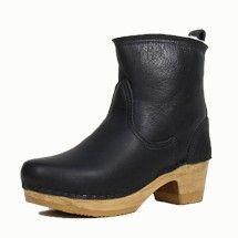 Black Aviator - No. 6 Clog shearling boots