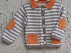Handknitted baby cardigan in pure cotton. Size 9 - 12 months
