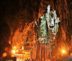 16 Batu Caves