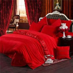 Indulge Yourself In Our Most Sort After Winter Warm Thick Duvet Cover Bedding Sets. This Deluxe Bedding Comes In Red Purple Grey Queen King Size Bedding Set With An Option Of