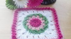 [Free Pattern] Add This Flower Square To Your Afghan For An Adorable Twist - Knit And Crochet Daily