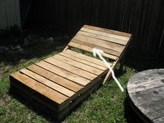 Pallet lounge chair for New Mexico patio