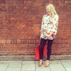 How fab does our E-commerce director look in her floral Warehouse style shirt! Perfectly styled with skinny black jeans for this in-between weather.