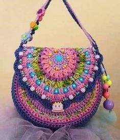 Mode Crochet, Crochet Girls, Crotchet Bags, Knitted Bags, Crochet Handbags, Crochet Purses, Gilet Crochet, Knit Crochet, Crochet Crafts