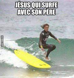 Jésus qui surfe avec son père… Check more at http://gag.webissimo.biz/jesus-qui-surfe-avec-son-pere/
