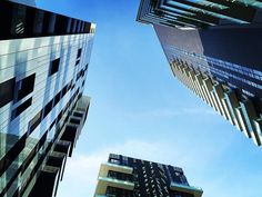 Skyline  #sky #skyporn #skyline #skylovers #tower #milano #milanocity #milanogram2016 #milanodavedere #milanocityufficiale #instamilano #architecture #architectureporn #architecturephotography #architecturelovers #pic #picoftheday #design #designinspiration #designdeinteriores #streetphoto #streetstyle #archidaily #archilovers #architecturephotography #modernart by daniglamour_milano