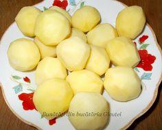 Chiftele cu cartofi la cuptor - Bunătăți din bucătăria Gicuței Honeydew, Vegetable Recipes, Cheese, Fruit, Vegetables, Food, Veggie Food, Veggie Food, Meals