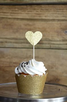 Glitter Heart Cupcake Toppers 12 bronze by thePathLessTraveled Peach Cupcakes, Glitter Cupcakes, Cupcake Wrappers, Cupcake Cakes, Engagement Party Desserts, Bridal Shower Cupcakes, Happy Hearts Day, My Perfect Wedding, Glitter Hearts