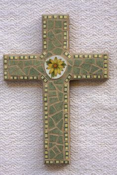 "6 x 9"" cross using broken plates"