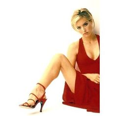 All about tea leoni legs with