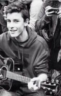 "You should read ""Caught my eye : shawn mendes"" on #wattpad #fanfiction http://w.tt/1qzxR0r"