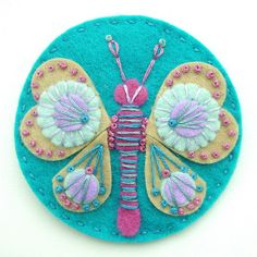 Butterfly felt brooch ith freeform embroidery in dark aqua Felt Embroidery, Felt Applique, Butterfly Embroidery, Fabric Crafts, Sewing Crafts, Butterfly Felt, Butterfly Colors, Butterfly Design, Felt Decorations