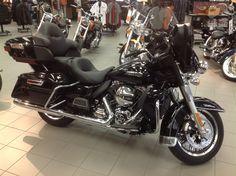2015 Harley-Davidson® Touring FLHTCU - Electra Glide® Ultra Classic®
