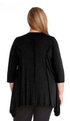 HANDKERCHIEF HEM BLACK PLUS SIZE TOPS 3/4 SLEEVE OUTSIDE SEAM TUNIC #Karen_Kane #Black #Handkerchief_Top #Comfy #Outside #Seam #Chic #Plus_Size_Tops #Plus_Size_Fashion