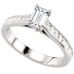 Rosano | Nue Diamonds $921 #engagementring #wedding #gold http://www.nuediamonds.com/moissanite_gemstone_alternative_Rosano_emerald.html