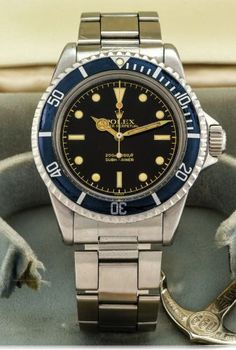 Results of auction and second hand price of the reference Rolex Submariner Rolex - 5512 Men's Watches, Luxury Watches, Cool Watches, Fashion Watches, Watches For Men, Mens Fashion Suits, Mens Suits, Men's Fashion, Vintage Rolex