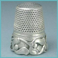 Antique German Sterling Silver Thimble w/Mistletoe Pattern; Circa 1900's