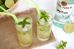 Mint tea and pine nuts - Clean Eating Snacks Cocktail Recipes, Cocktails, Drinks, Weigth Watchers, Long Drink, Slimming Recipes, Mint Tea, Exotic Food, Limoncello