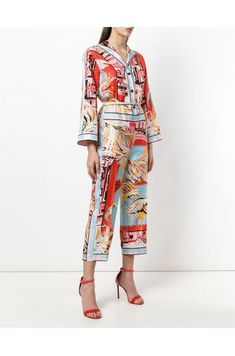 b608c5e0 Defined by empowering prints and versatile silhouettes, Emilio Pucci's  SS18 collection is