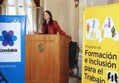 El Ministerio de Desarrollo Social entregó hoy certificados de capacitación en oficios a los beneficiarios del programa FIT.