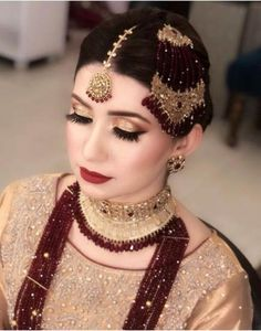 Ideas For Jewerly Making Ideas Earrings Homemade Tutorials Pakistani Bridal Jewelry, Indian Bridal Makeup, Pakistani Wedding Dresses, Bridal Hair, Bridal Jewellery, Bridal Dresses, Bridal Bangles, Beaded Jewellery, Latest Jewellery